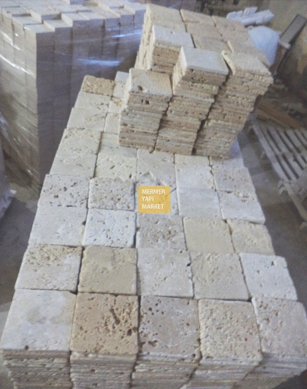 Tumbled Travertine Comercial